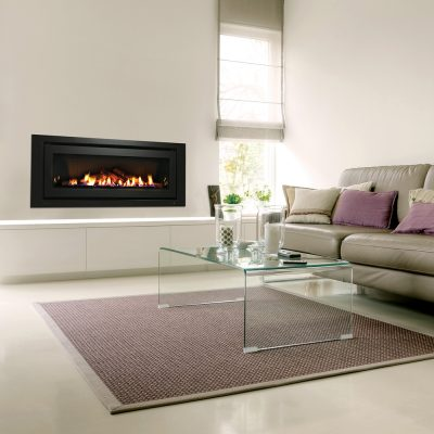 Grand design - Fireplace in living room and table